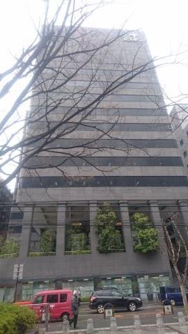 大阪にあるダスキン本社の外観