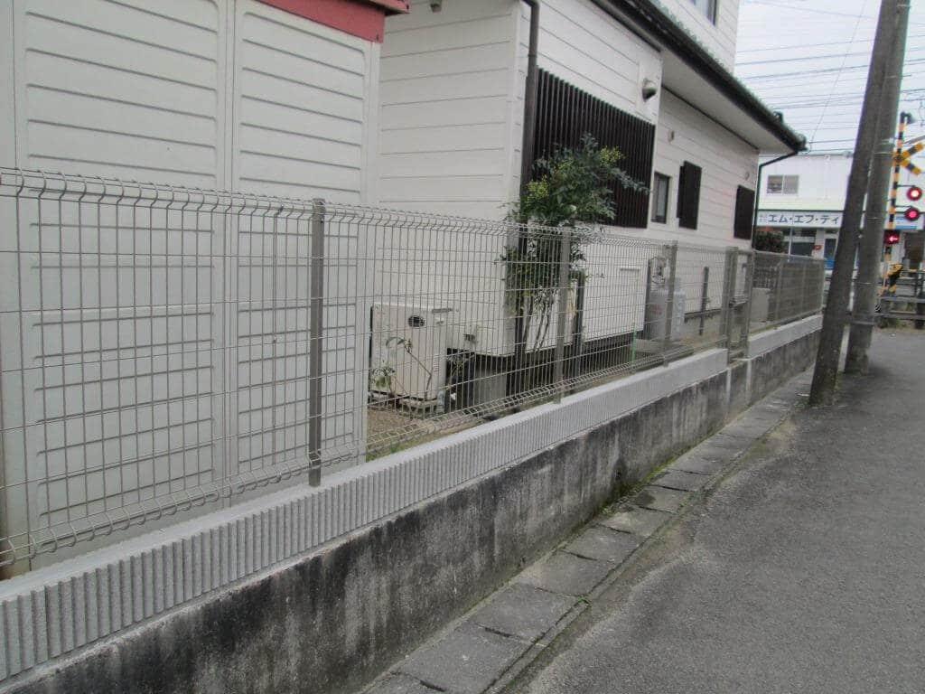 新しく設置したフェンス